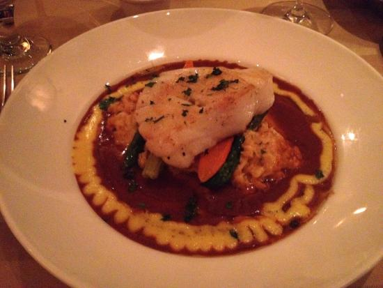 Sterling's Seafood Steakhouse: Sea Bass