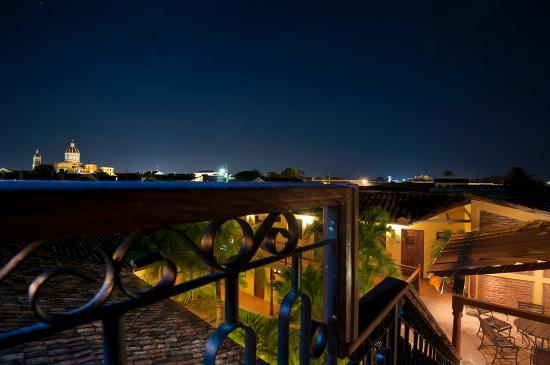 Hotel La Pergola: Terraza