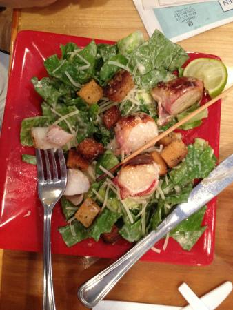The Red Onion Eatery: scallop kabob salad