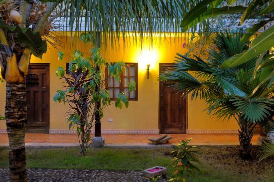Hotel La Pergola: Jardín Habitación 4