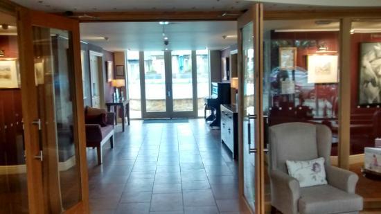Feversham Arms Hotel & Verbena Spa : Looking towards the pool