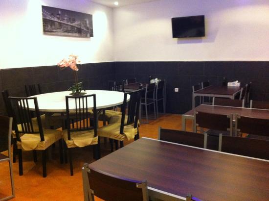 Bar Restaurante Honesto: Comedor 2