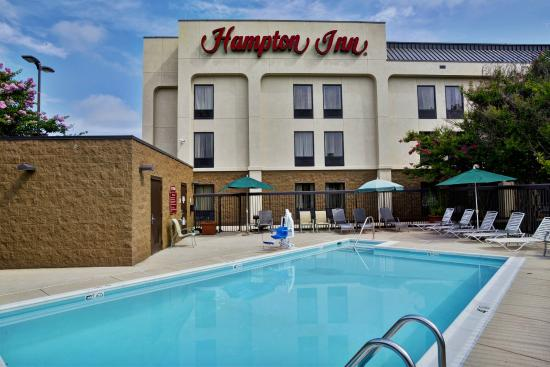 Hampton Inn Bowie: Swimming Pool