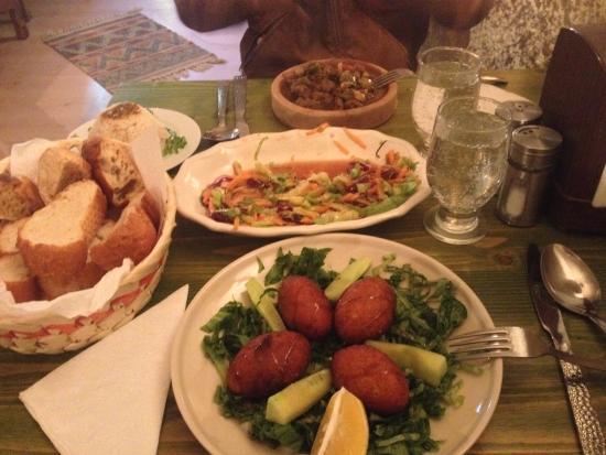 Cafe Antique: Kofte, clay pot kebab and seasonal salad.