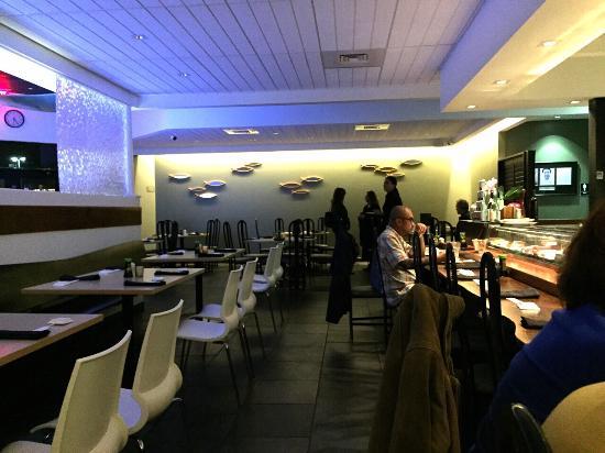 Mizuno Japanese Restaurant: お洒落な店内
