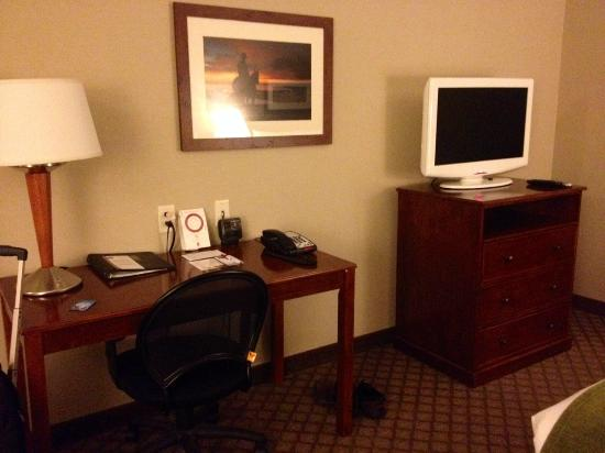 Comfort Suites: well appointed king room included desk area