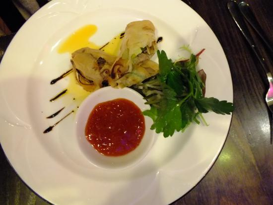 Quantro Restaurant: What are you waiting for ~ Go now!