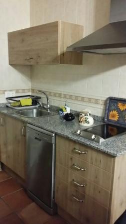 San Martin Apartamentos: Cocina muy completa