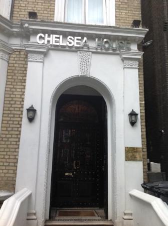 Chelsea House Hotel : собственно вход