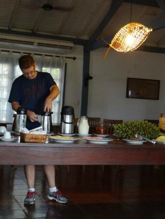 Pousada Xaraes: Café da manhã