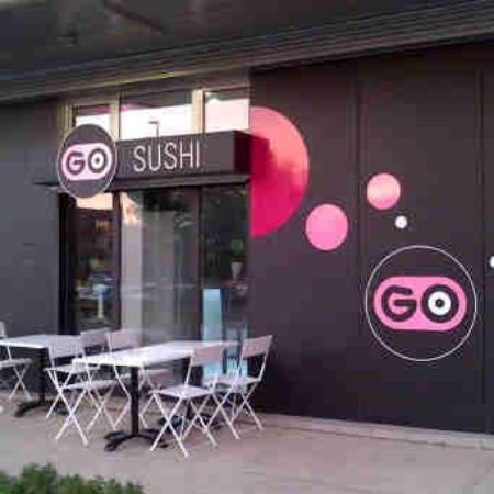 Go Sushi: Front