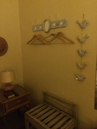 Transkaroo Country Lodge: The wardrobe