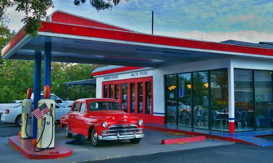 Bing's Burger Station