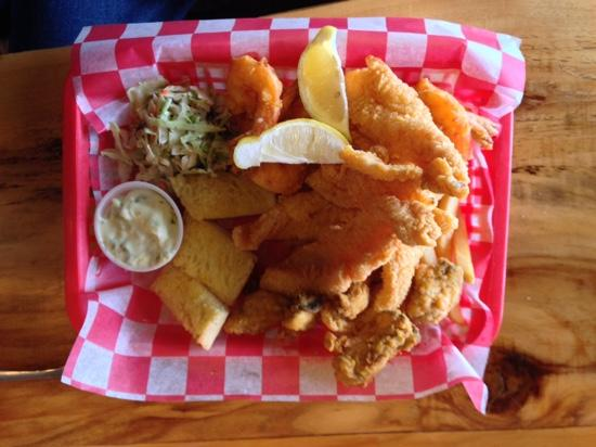 The Lost Cajun: Seafood Platter ! ��