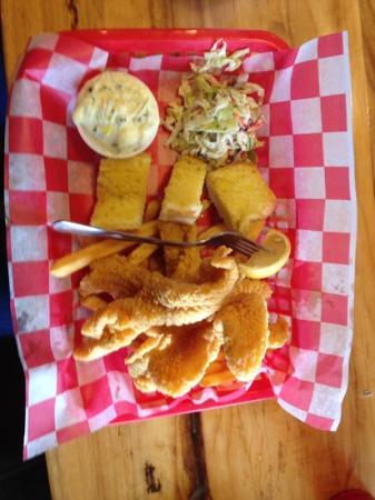 The Lost Cajun: Catfish Platter ! ��
