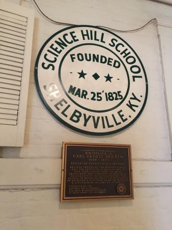 Science Hill Inn Dining Room: Formerly a school