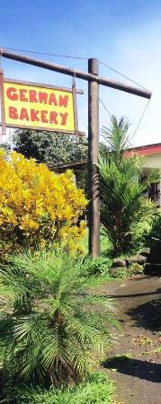Tom's Pan German Bakery : German Bakery in Costa Rica