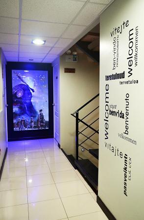 Wifala Thematic Hotel Boutique: Pasillos interiores