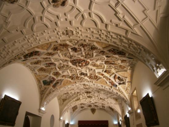 Hotel Real Colegiata de San Isidoro: fresco de uno de los salones