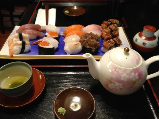 Japanisches Restaurant GINGKO: Freshly made sushi selection