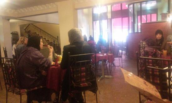 Cafe Restaurant l'Etoile: Interior