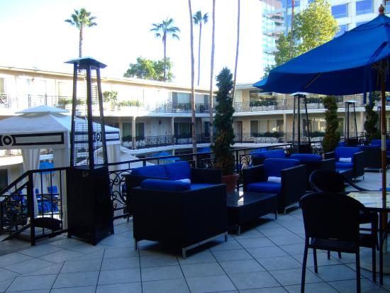 Beverly Hills Plaza Hotel: The Main Wing.