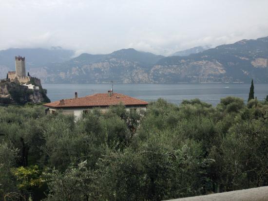 Hotel Augusta: vista do quarto (castelo e lago)