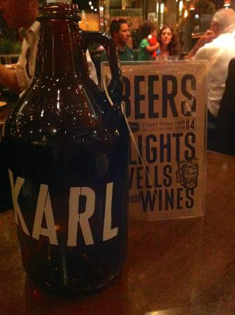 Karl Strauss Brewing Company: Cool bottles