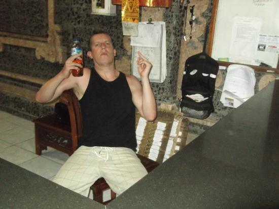 Suka Beach Inn: im the boss