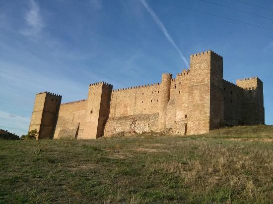 Castillo parador nacional de turismo picture of visitas for Oficina de turismo siguenza