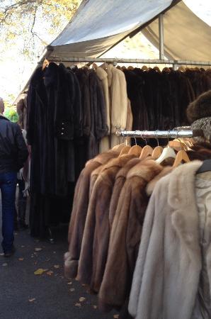 Tiergarten S-Bahn Flea Market : The Fur Seller