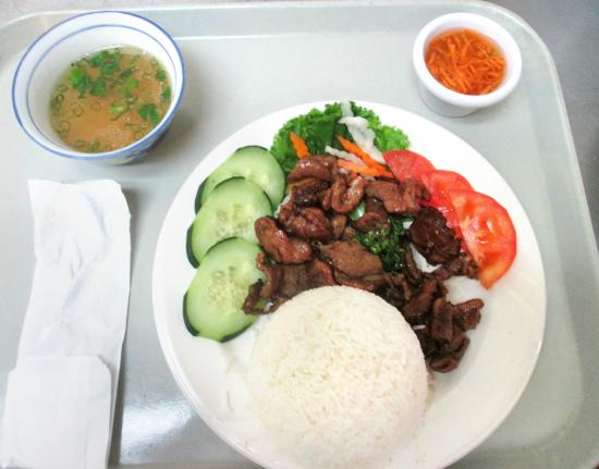 Pho asian star asian restaurant 7560 s interstate 35 e for Asian cuisine and pho