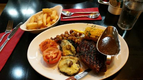 Teign Cellars: Yummy Steak