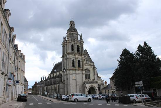 ‪Blois Cathedral‬