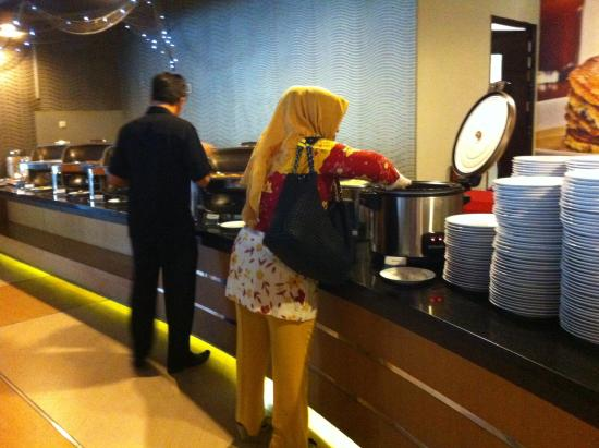 Aston Pontianak Hotel & Convention Center : Main course