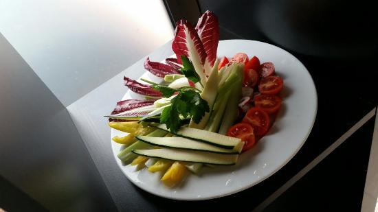Osteria del Girasole: Verdure in pinzimonio.
