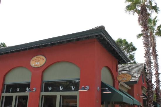 Another Broken Egg Cafe: Outside the cafe