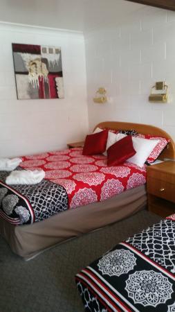 Central Motel Glen Innes: Not your boring covers