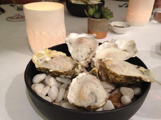 La Colombe: poach oysters in champagne velouté