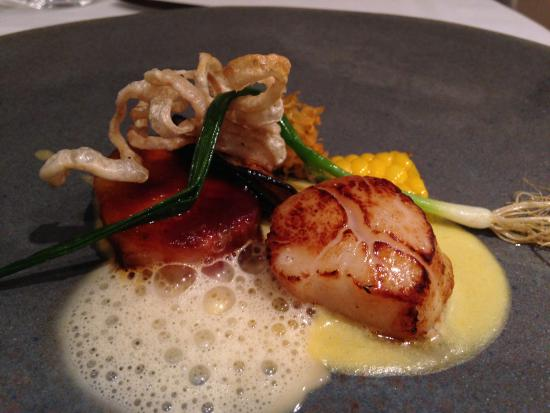 La Colombe: scallops with pork crackles