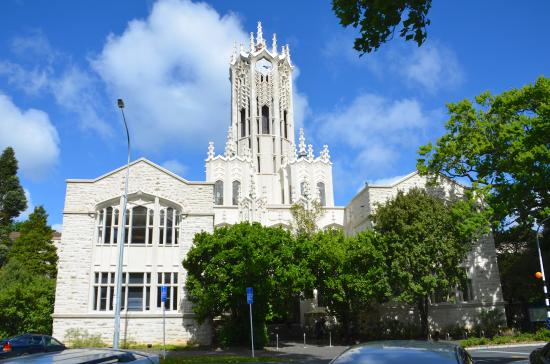 Albert Park: University Chapel