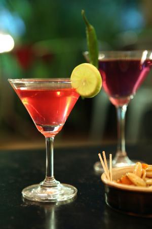 Mango Hill : cocktails n mocktails