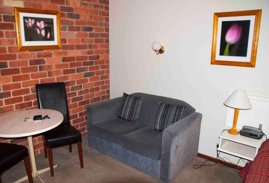 Mansfield Valley Motor Inn: Furnished well