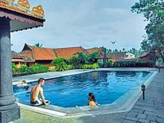 Pagoda Resorts Alleppey: Pool