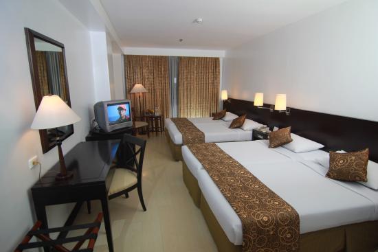 Hotel Supreme Convention Plaza Family De Luxe