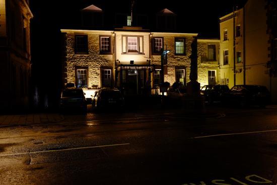 Tontine Hotel Peebles Scottish Borders: Tontine by night