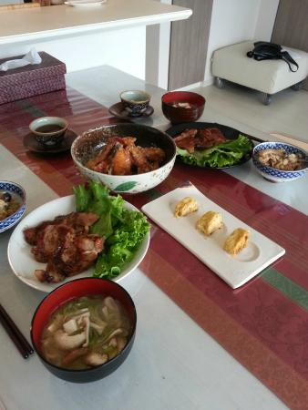 YUCa's Japanese Cooking: Our feast after 1.5 hours of cooking