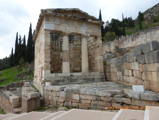 Chat Tours - Day Tours : The Athenian Treasury at the Temple of Apollo