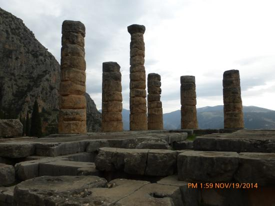 Chat Tours - Day Tours : The Temple of Apollo