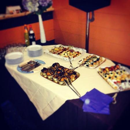 BEST WESTERN Hotel Plaza : light lunch a buffet